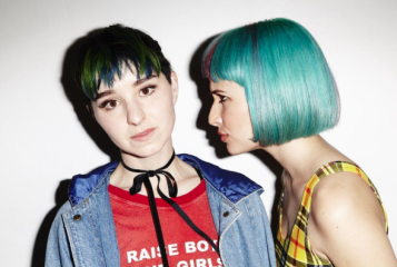 Paramore S Hayley Williams To Launch Hair Color Line Popular Tv
